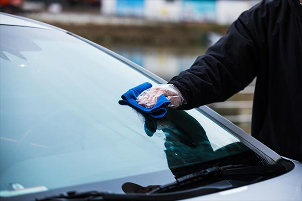 car cleaning tip for car glass cleaning